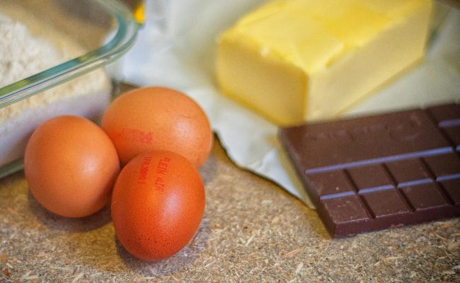 faire un gâteau au chocolat rapidement